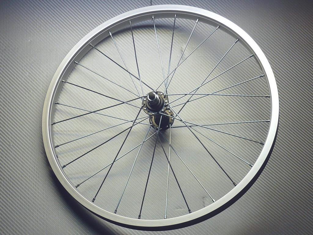 """Переднее колесо 20"""" алюминий"""